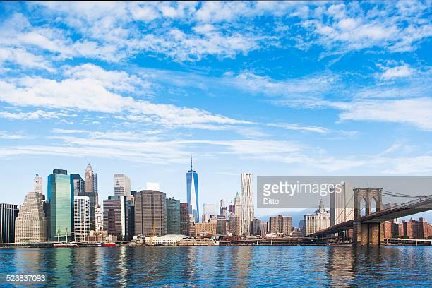 View of Brooklyn Bridge and Lower Manhattan skyline, New York, USA
