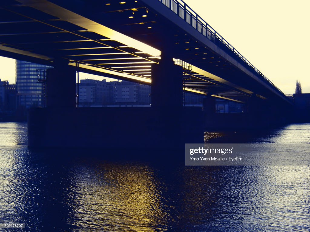 View Of Built Structure In Water : Stock-Foto