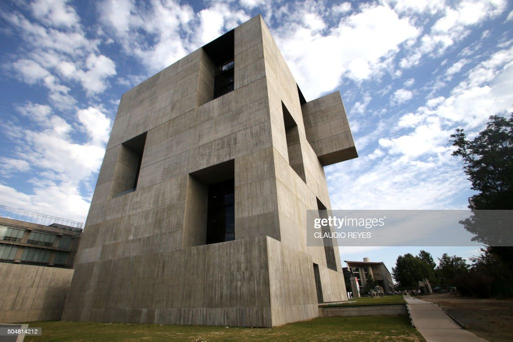 View of Chilean architect Alejandro Aravena's Innovation Centre of the Catholic University of Chile building in Santiago, Chile, on January 13, 2016. Chilean architect Alejandro Aravena won the prestigious 2016 Pritzker Prize Wednesday, earning praise for 'powerful' designs that address key social and economic challenges of the 21st century. AFP PHOTO/CLAUDIO REYES / AFP PHOTO / Claudio Reyes