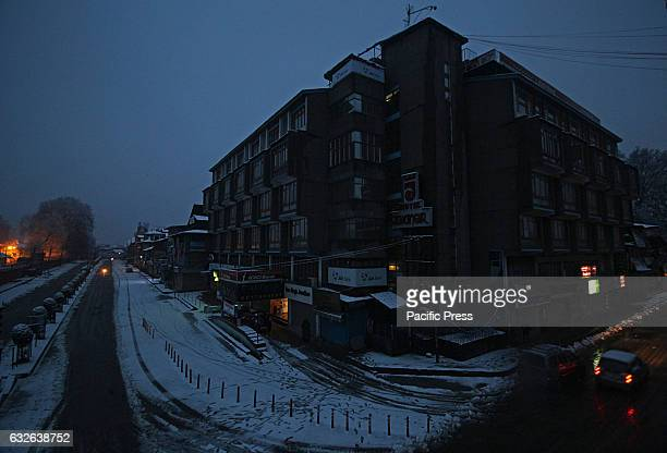 A view of commercial hub of Srinagar after the fresh snowfall on January 25 2017Normal life in many parts of Kashmir was affected by fresh snowfall...