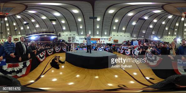 A 360 view of democratic presidential candidate former Secretary of State Hillary Clinton as she speaks during a 'get out to caucus' event at Abraham...