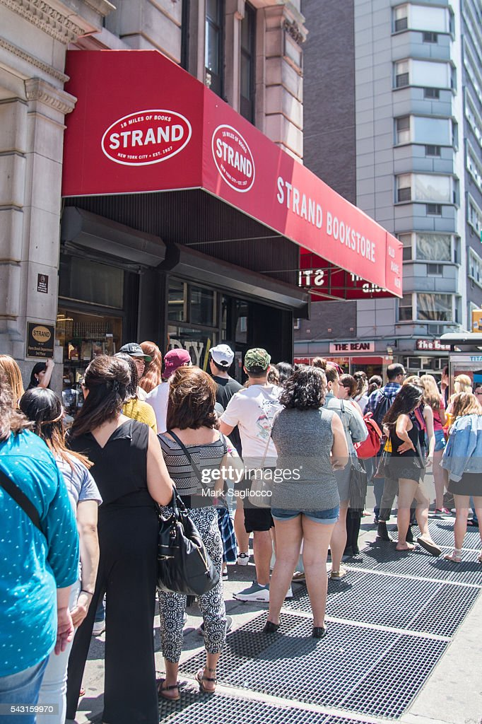 View of fan queue for James Franco signing of his new Chapbook 'Straight James/Gay James' at the Strand Bookstore on June 26, 2016 in New York City.
