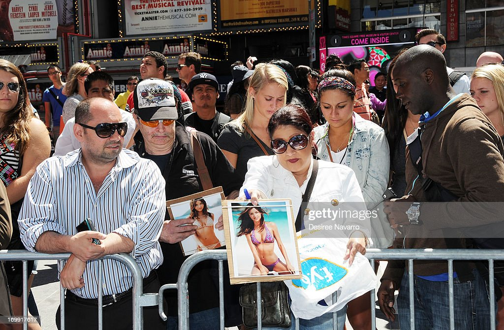 A view of fans at The Gillette Venus Step Up & Step Out Summer Tour Kick Off at Pedestrian Plaza in Times Square on June 4, 2013 in New York City.