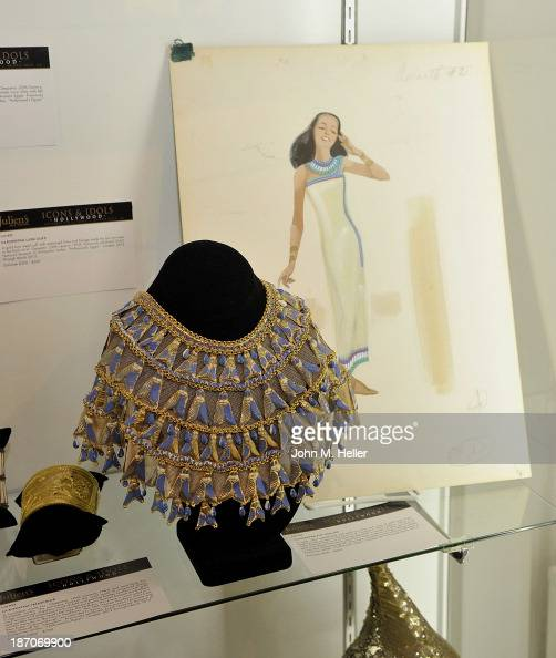 A view of jewelry worn by actress Elizabeth Taylor in the movie 'Cleopatra' at the press preview for Icons Idols Fashion and Hollywood Exhibit at...