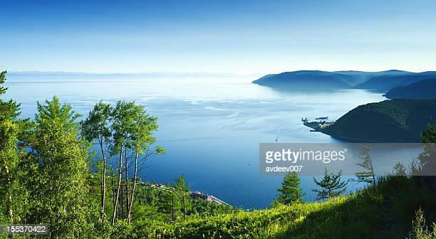 Vue sur le Lac Baïkal