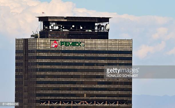 View of Mexican staterun petroleum company Pemex headquarters in Mexico City on March 11 2016 AFP PHOTO/ RONALDO SCHEMIDT / AFP / RONALDO SCHEMIDT