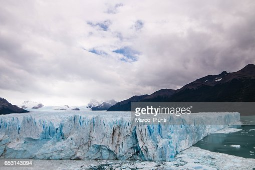 View of mountains and glaciers, Patagonia : Stock Photo