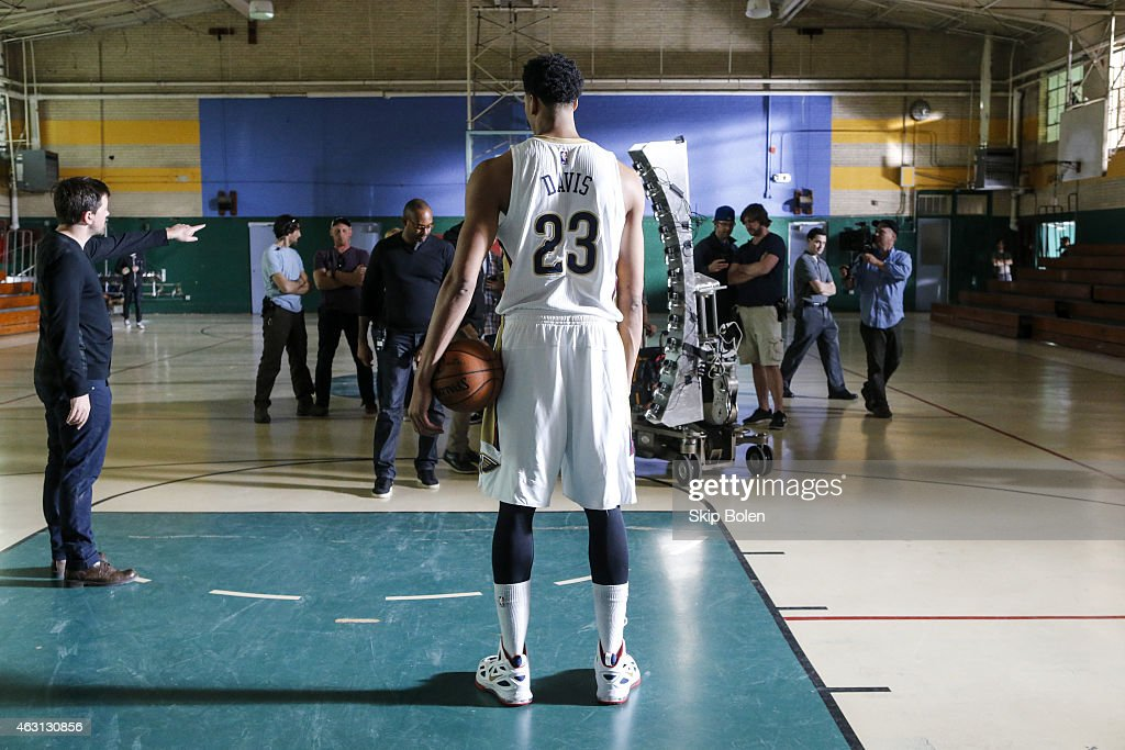 A view of New Orleans Pelicans power forward <a gi-track='captionPersonalityLinkClicked' href=/galleries/search?phrase=Anthony+Davis+-+Basketballspieler&family=editorial&specificpeople=9539354 ng-click='$event.stopPropagation()'>Anthony Davis</a> at the American Express PIVOT shoot at Martin Behrman School on January 20, 2015 in New Orleans, Louisiana.