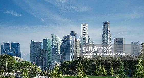 View of park and skyscraper skyline, Singapore