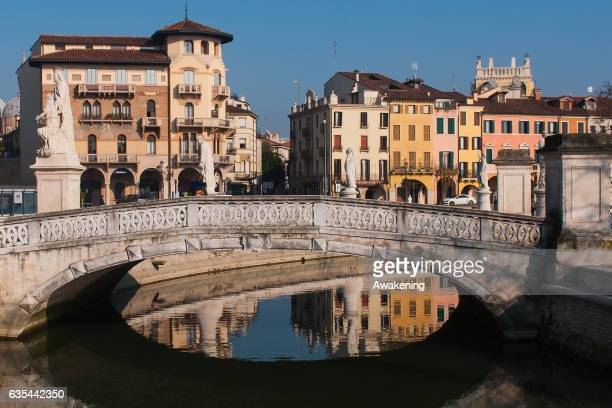 A view of 'Piazza delle Erbe' next to the Antonio Ferrari restaurant on February 15 2017 in Padova Italy The restaurant offers a 5% discount off the...