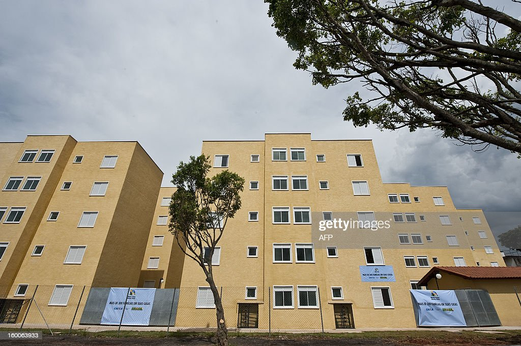 View of some of the 300 apartments built by the 'Minha Casa, Minha Vida' (My house, My Life) social rogram, in Sao Paulo, Brazil, on January 25, 2013. AFP PHOTO / Nelson ALMEIDA