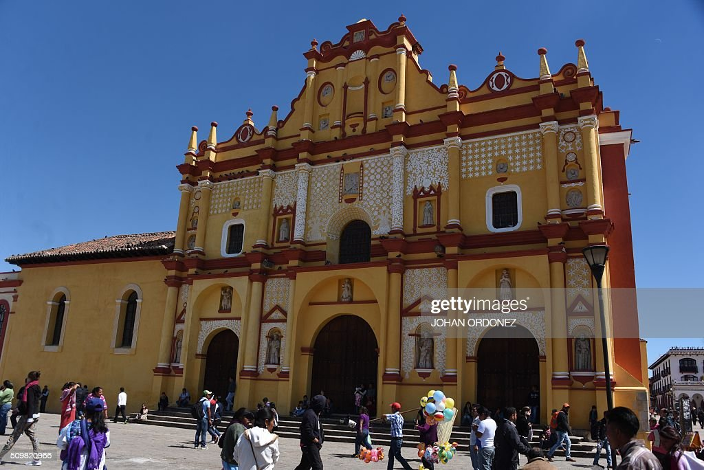 View of the cathedral of San Cristobal de las Casas, Chiapas State, Mexico on February 12, 2016. Pope Francis will arrive in Mexico on Friday, where he will visit until February 17. AFP PHOTO/Johan ORDONEZ / AFP / JOHAN ORDONEZ