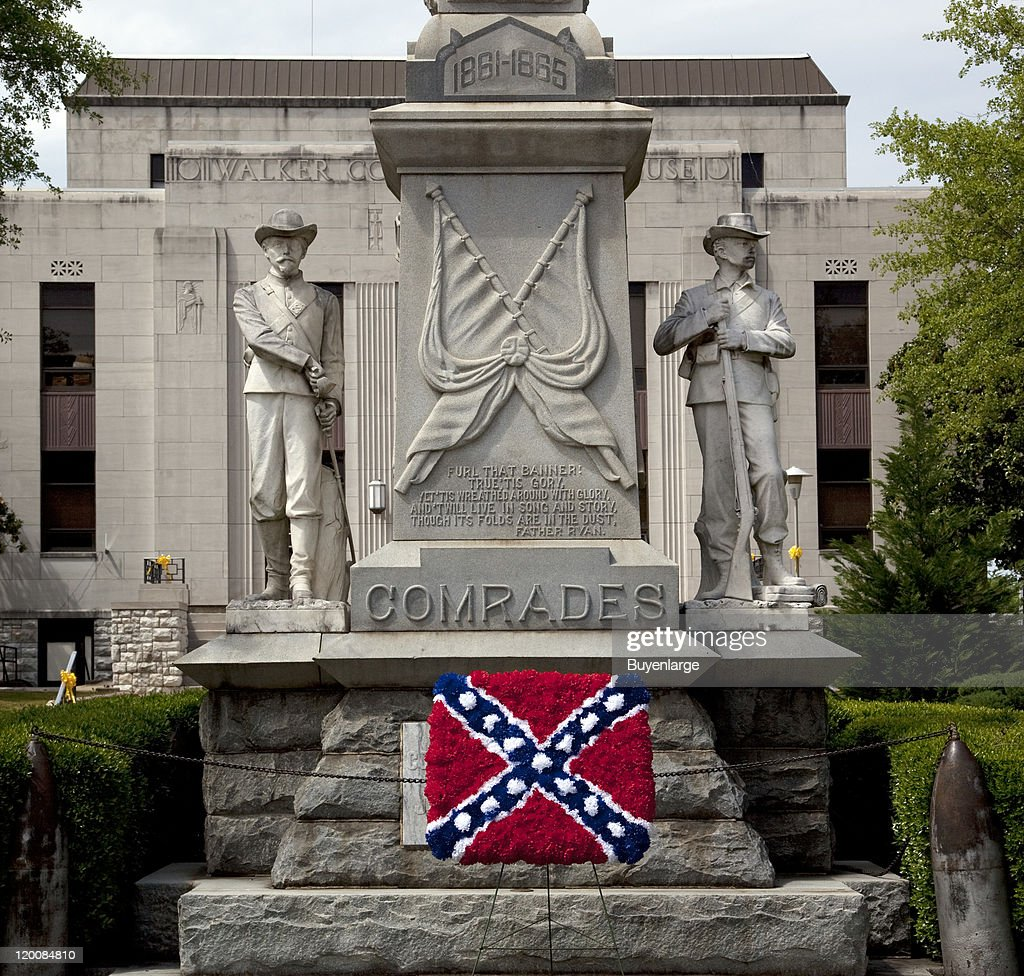 View of the Confederate memorial, with an added Confederate flag made out of flowers, Jasper, Alabama, 2010.