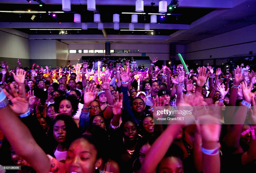 A view of the crowd at the BETX Stage sponsored by Nissan during the 2016 BET Experience on June 25, 2016 in Los Angeles, California.