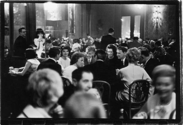 Fotos de robert kennedy attorney general fotografias de for Dining room at the met