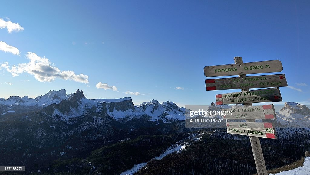 A view of the dolomites in cortina d 39 ampezzo on january 13 for Best view of dolomites
