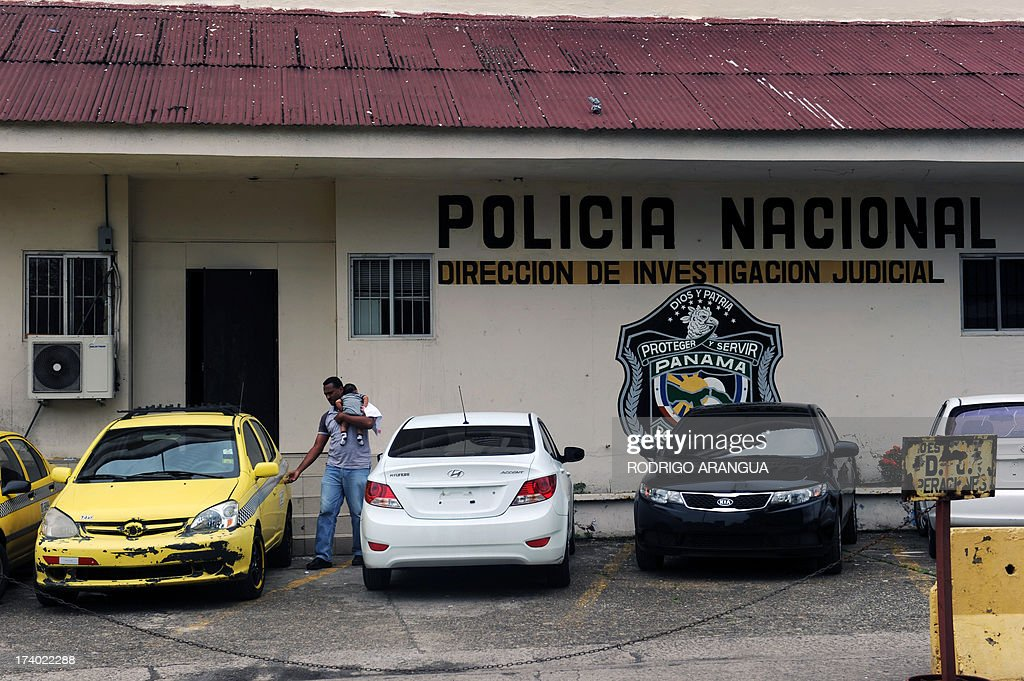 View of the facade of the National Police of Panama (DIJ) headquarters in Panama City on July 19, 2013. According to the Italian Ministry of Justice, Robert Seldon Lady aka 'Mister Bob', former head of the CIA in Milan, was arrested in Panama. AFP PHOTO / Rodrigo ARANGUA
