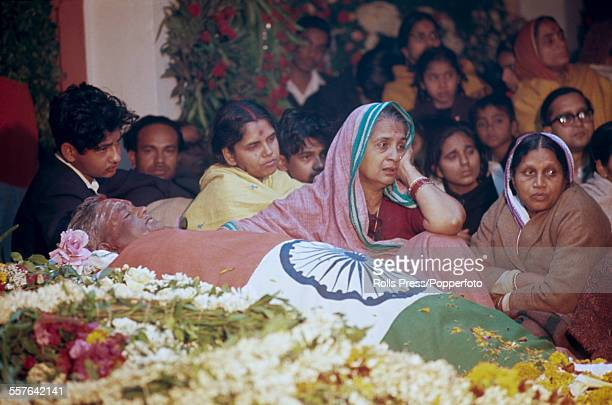 View of the funeral of Indian politician and 2nd Prime Minister of India Lal Bahadur Shastri with the body wrapped in the flag of the Republic of...