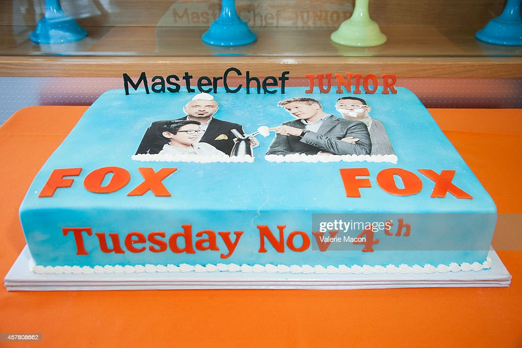 Cake Decorating West Hollywood : Fox s