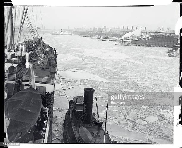 A view of the Hudson River at New York City showing floating ice cakes which are imperiling shipping The steamer Deutschland is shown making its way...