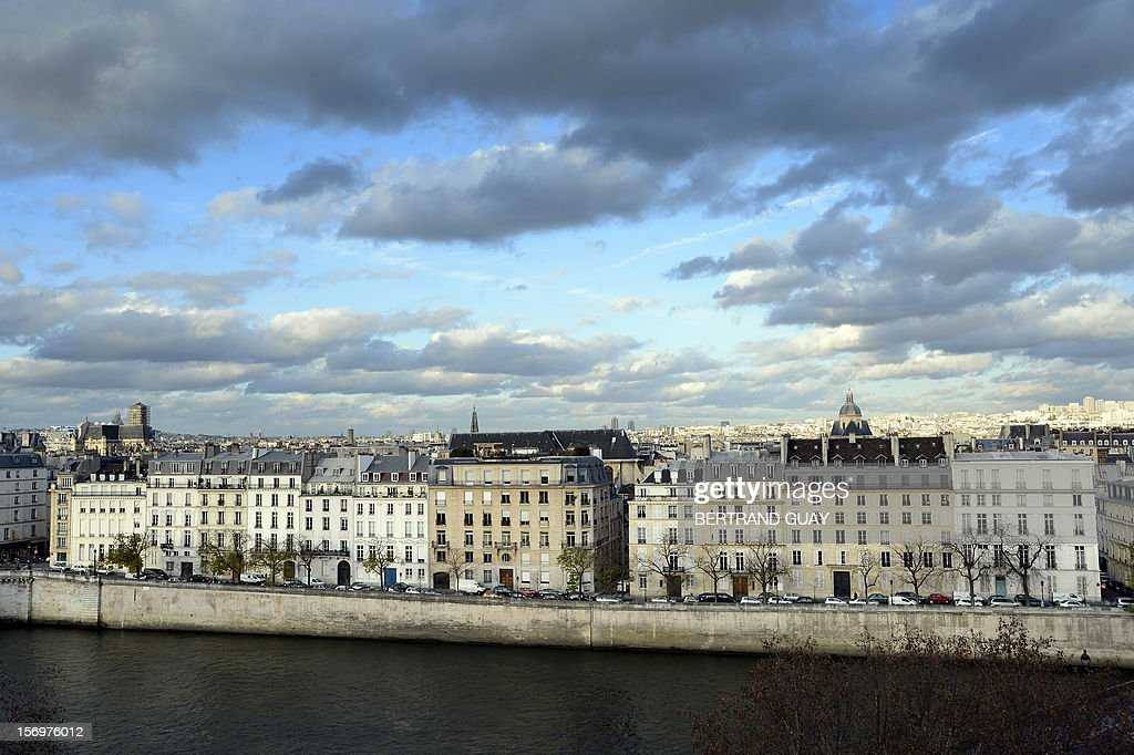 A view of the Ile Saint-Louis and Seine river in Paris on November 26, 2012.