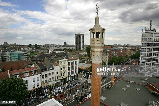 View of the minaret of the mosque of the Muslim centre in east London towers over Whithechapel road 11 June 2004 Worshippers where forced out onto...
