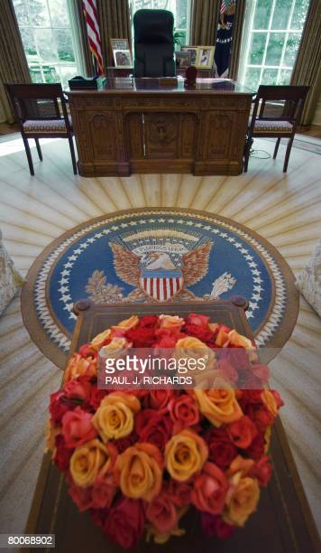 View of the Oval Office at the White House February 29 2008 in Washington DC AFP PHOTO/Paul J Richards