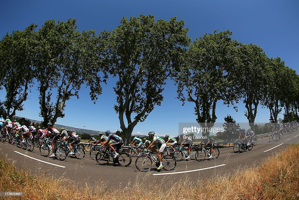 A view of the peloton during stage six of the 2013 Tour de France, a 176.5KM road stage from Aix-en-Provence to Montpellier, on July 4, 2013 in Montpellier, France.