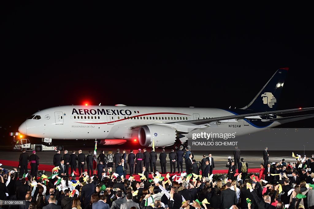 View of the plane transporting Pope Francis to Rome at the airport in Ciudad Juarez Chihuahua state Mexico on February 17 2016 Throngs gathered at...