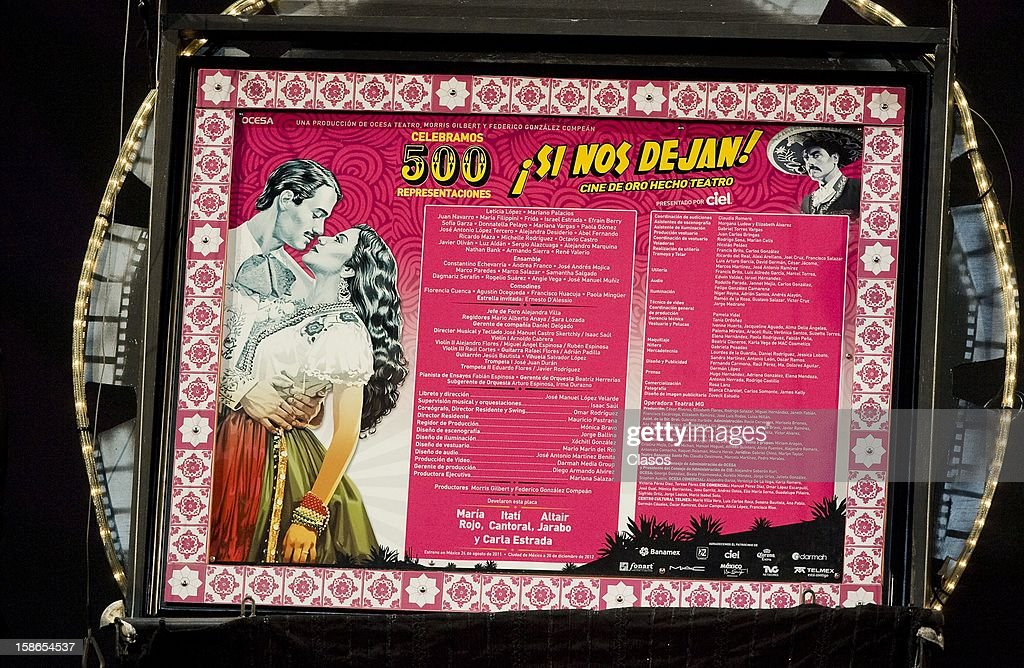 View of the plaque unveiled for the 500 performances of the play Si Nos Dejan on December 20, 2012 in Mexico City, Mexico.