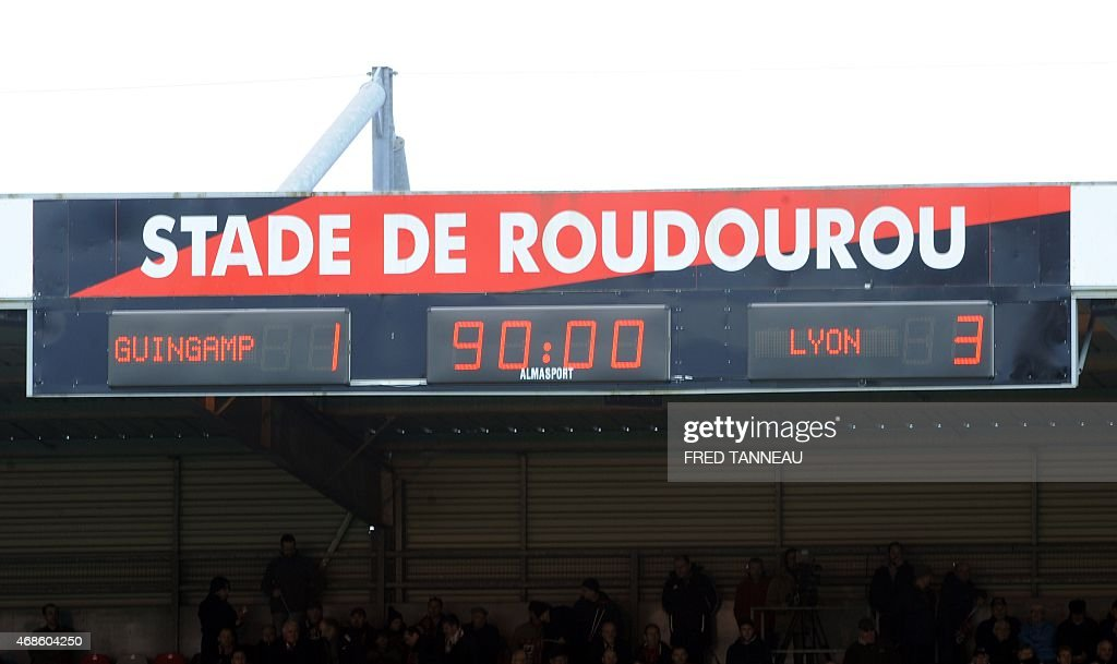 View of the scoring board taken at the end of the French L1 football match between Guingamp and Lyon on April 4, 2015 at the Roudourou stadium in Guingamp, western of France.
