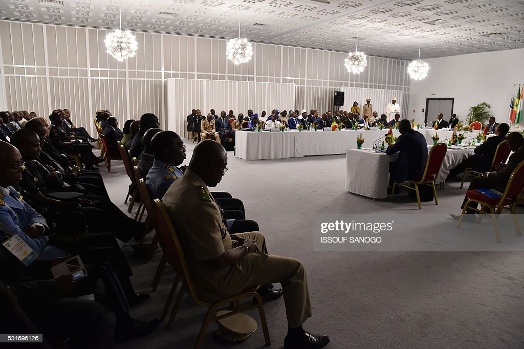 View of the security meeting of the ministers of Security Defence and Security of the West African Economic and Monetary Union zone (UEMOA) in Abidjan on May 27, 2016. / AFP / ISSOUF