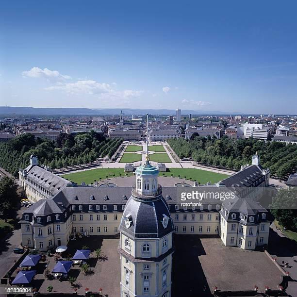 Blick auf die skyline von Karlsruhe, Deutschland