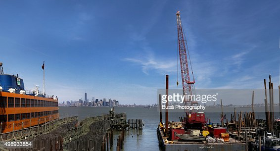 View of the skyline of Lower Manhattan from the Staten Island Harbor
