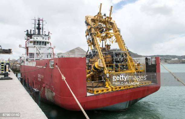 View of the Sophie Siem vessel ready to leave the Comodoro Rivadavia harbour after the US Navy Undersea Rescue Command installed its deep diving...