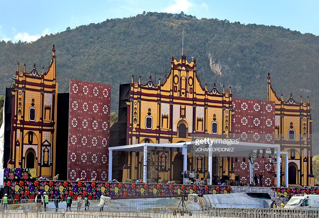 View of the stage from where where Pope Francis will officiate an open-air mass at the Centro Deportivo Municipal (Municipal Sport Center) in San Cristobal de las Casas, Chiapas State, Mexico on February 13, 2016. ope Francis urged Mexican bishops Saturday to take on drug trafficking with 'prophetic courage,' warning that it represents a moral challenge to society and the church. AFP PHOTO/Johan ORDONEZ / AFP / JOHAN ORDONEZ
