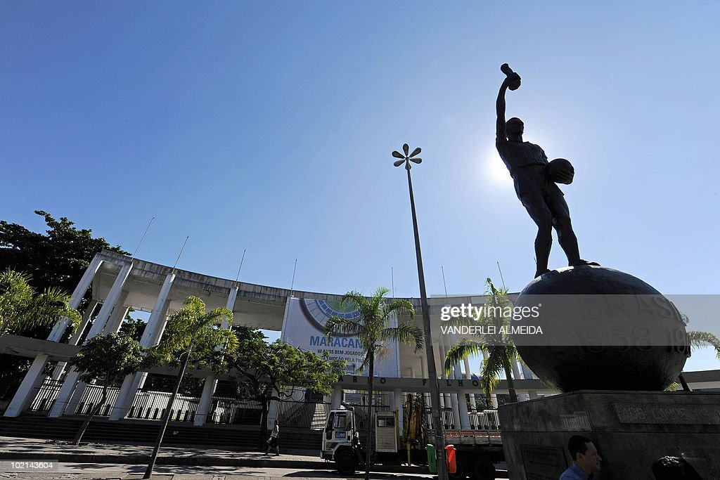 View of the statue depicting Brazilian footballer Hilderaldo Bellini --the team captain in the 1958 and 1962 World Cup that Brazil won-- outside the Maracana stadium, in Rio de Janeiro, on June 16, 2010. Today marks the 60th anniversary of the stadium --which real name is Mario Filho stadium-- which will soon be closed for refurbishment for the 2014 FIFA World Cup and the 2016 Olympic Games. AFP PHOTO/Vanderlei ALMEIDA
