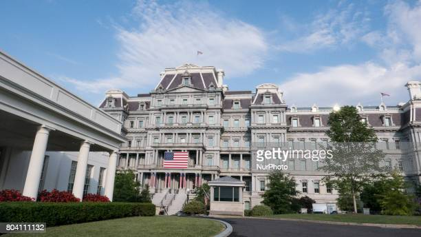 Executive Office View west wing and eisenhower executive office building stock photos