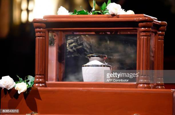 View of the urn of Mexican painter and sculptur Jose Luis Cuevas during a ceremony in his honor at the Fine Arts Palace in Mexico City on July 4 2017...