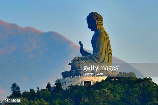 View of Tian Tan Buddha
