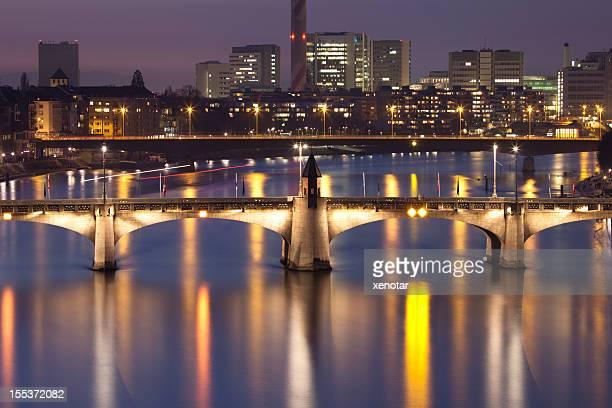 Vue sur le Rhin bridge à Bâle
