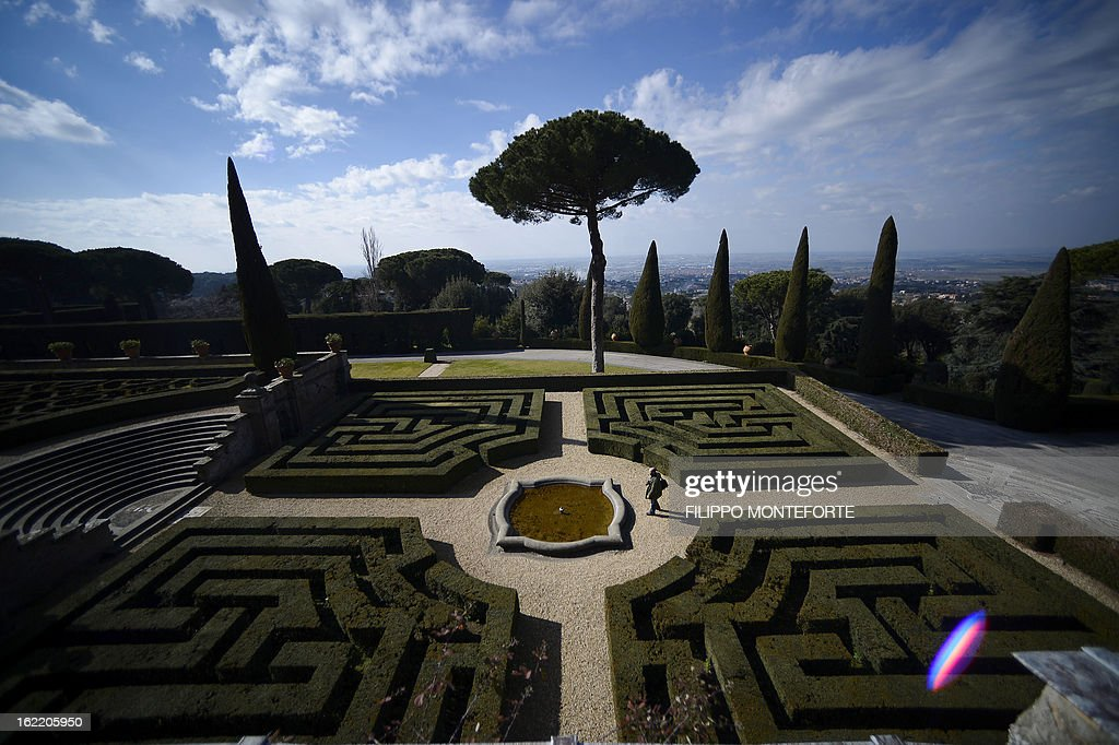 A view taken on February 20, 2013 show the garden of the Apostolic Palace of Castel Gandolfo, Italy. Pope Benedict XVI will stay at the Vatican's summer residence from February 28 until the convent of Mater Ecclesiae (Mother of the Church) at the Vatican will be ready to host him. Pope Benedict XVI began a week-long spiritual retreat out of the public eye on February 18 ahead of his resignation on February 28 with the field of candidates to succeed him still wide open. AFP PHOTO / FILIPPO MONTEFORTE
