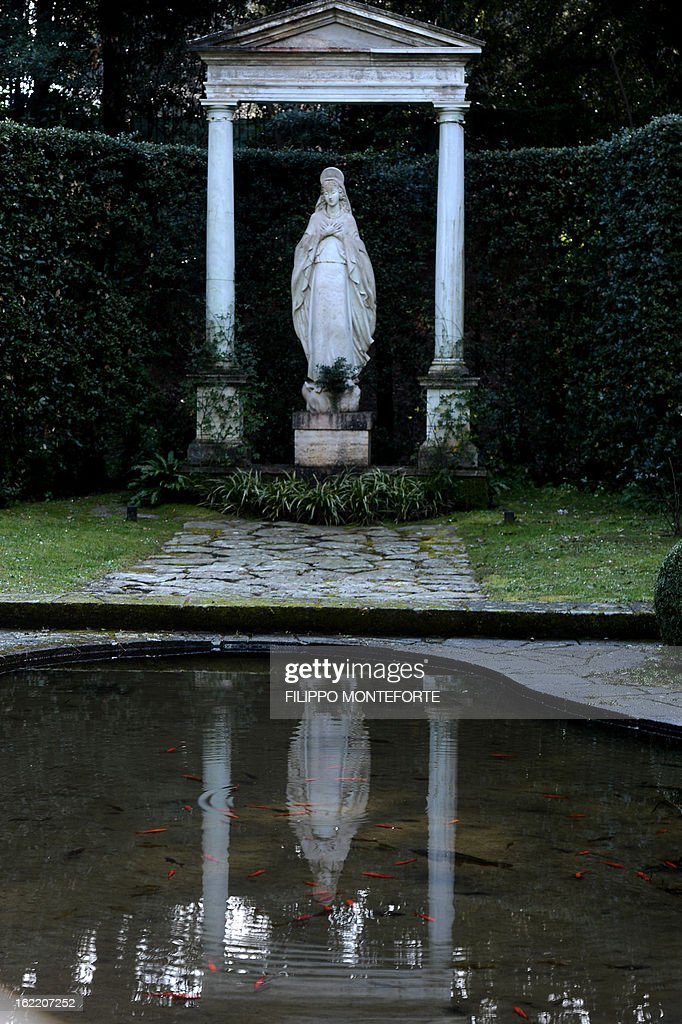 A view taken on February 20, 2013 shows a statue in the gardens of the Apostolic Palace of Castel Gandolfo, Italy. Pope Benedict XVI will stay at the Vatican's summer residence from February 28 until the convent of Mater Ecclesiae (Mother of the Church) at the Vatican will be ready to host him. Pope Benedict XVI began a week-long spiritual retreat out of the public eye on February 18 ahead of his resignation on February 28 with the field of candidates to succeed him still wide open. AFP PHOTO / FILIPPO MONTEFORTE