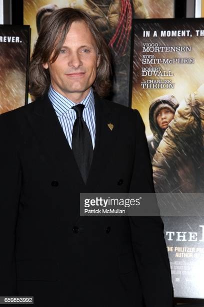 Viggo Mortensen attends DIMENSION FILMS and 2929 PRODUCTIONS Present THE NEW YORK PREMIERE of 'The Road' on November 16 2009