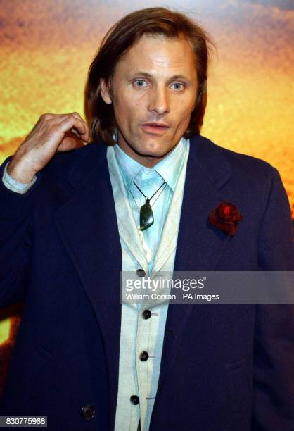 Viggo Mortonsen at the Tobacco Dock in London for the after show party of the world premiere of Lord of the Rings The Fellowship of the Ring