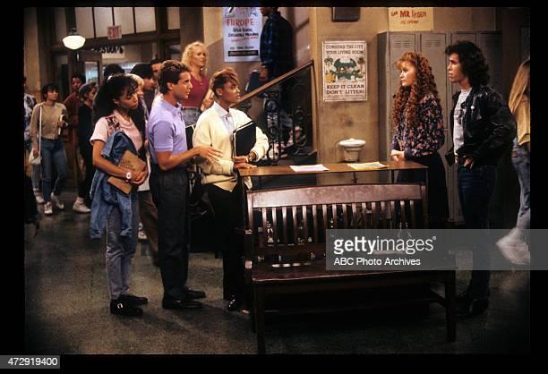 CLASS 'Viki Eric Simone Alex' Airdate October 4 1989 LR KIMBERLY RUSSELLTONY O'DELLLARA PIPER ROBIN
