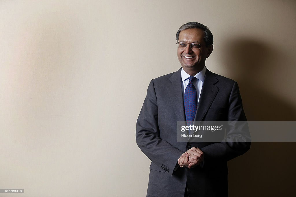 <a gi-track='captionPersonalityLinkClicked' href=/galleries/search?phrase=Vikram+Pandit&family=editorial&specificpeople=5610048 ng-click='$event.stopPropagation()'>Vikram Pandit</a>, chief executive officer of Citigroup Inc., stands for a photograph following a television interview on day two of the World Economic Forum (WEF) in Davos, Switzerland, on Thursday, Jan. 26, 2012. The 42nd annual meeting of the World Economic Forum will be attended by about 2,600 political, business and financial leaders at the five-day conference. Photographer: Simon Dawson/Bloomberg via Getty Images