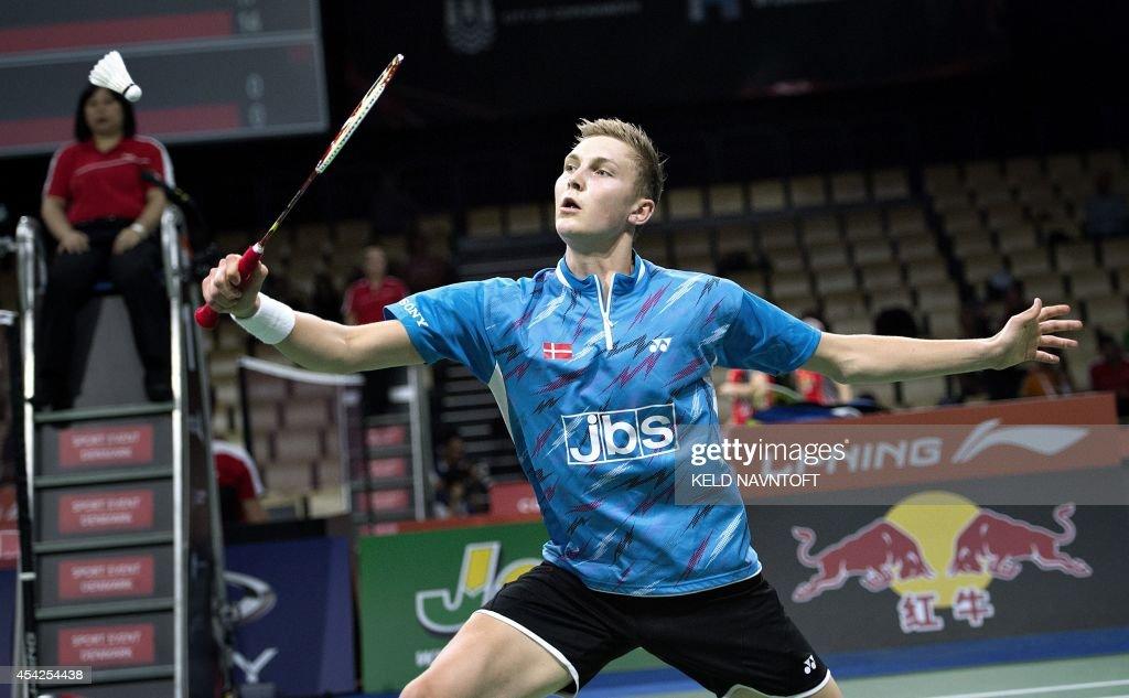 Viktor Axelsen of Denmark in action against Erik Meijs of the Netherlands during their match in mens single Badminton World Championship in Ballerup on August 27, 2014. AFP PHOTO/ Scanpix DENMAR / Keld Navntoft / DENMARK OUT
