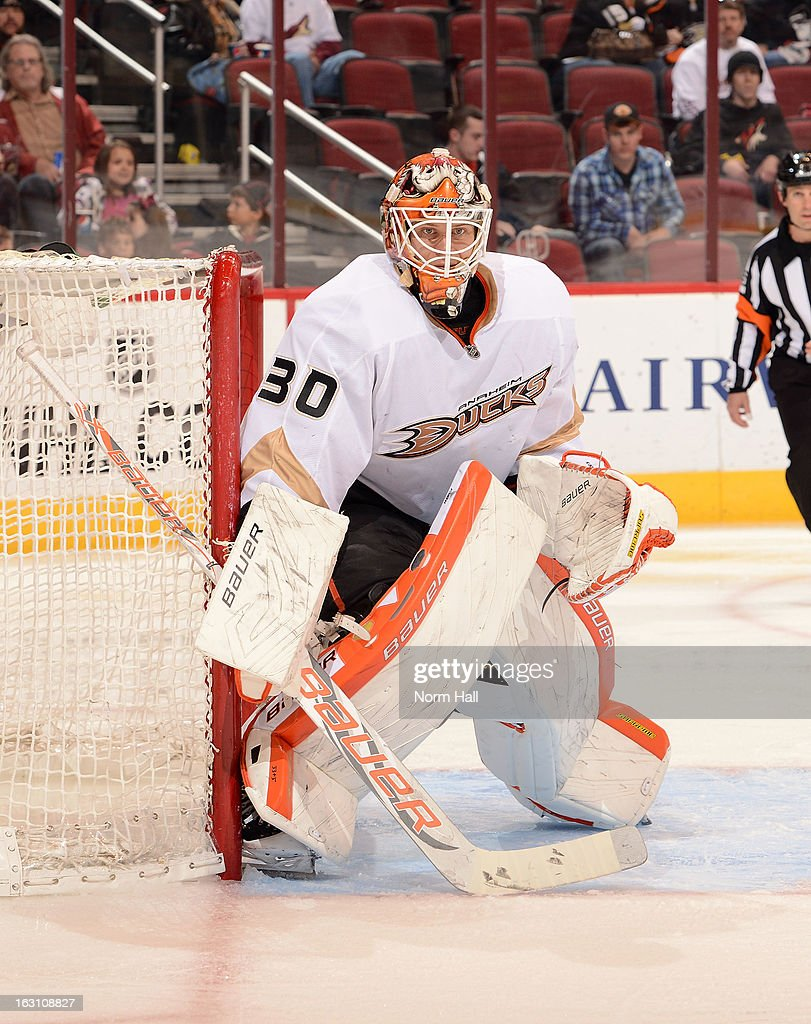 Viktor Fasth #30 of the Anaheim Ducks gets ready to make a save against the Phoenix Coyotes in a shootout at Jobing.com Arena on March 2, 2013 in Glendale, Arizona.