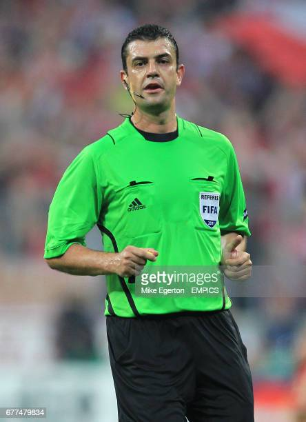 Viktor Kassai match referee